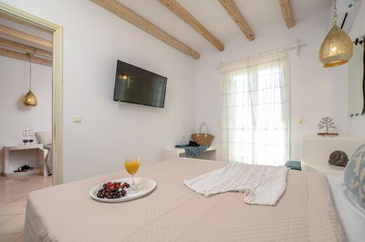 Birikos Suites with 1 Bedroom